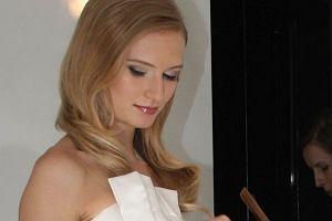 Anna Piszczała, znana z programu Top Model. Zostań Modelką,  rozwija swoją karierę jako modelka. Po tym jak zajęła 3. miejsce w popularnym show jej kalendarz jest zapełniony na najbliższe kilka miesięcy.