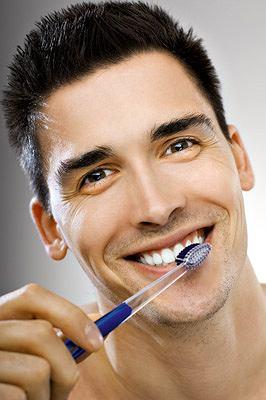 O szczoteczkę do zębów trzeba dbać - i regularnie ją wymieniać!