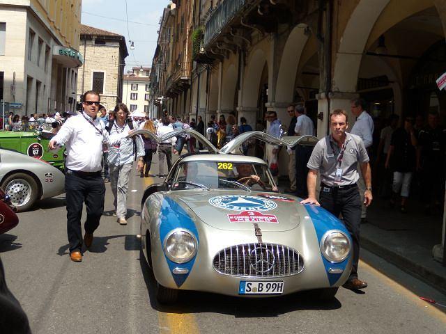 Mercedesy w Mille Miglia 2011