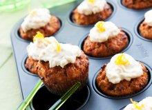 Muffiny marchewkowo-kardamonowe - ugotuj