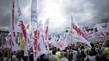"""Manifestacja """"Solidarności"""" w Warszawie"""