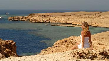 Egipt temperatura. Bez względu na porę w Egipcie, należy zawsze stosować krem z wysokim filtrem UV.