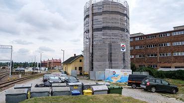 Powstanie nowy parking w centrum Rzeszowa. Wybuduje go kolej. Przy okazji wyremontuje też zabytek w okolicy