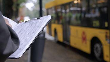 ZTM zmienia rozkłady jazdy i liczy pasażerów