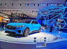 Ford Mustang Mach-E - jak wygląda na żywo? Mamy dla was zdjęcia i pierwsze wrażenia prosto z targów