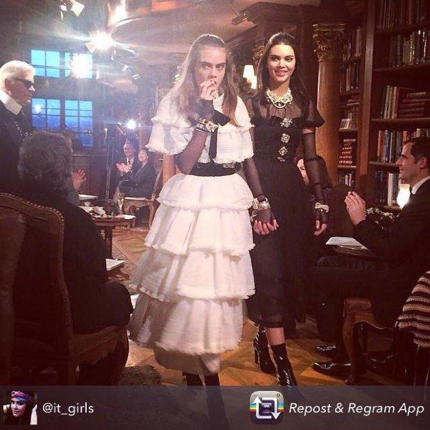 Cara Delevingne i Kendall Jenner jako panny młode w finale pokazu Chanel Paris-Salzburg