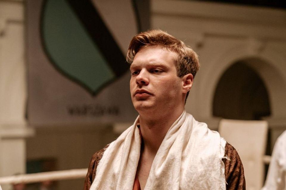 Piotr Pacek jako Andrzej Ziembiński w serialu 'Król'. Canal+ / Materiały promocyjne