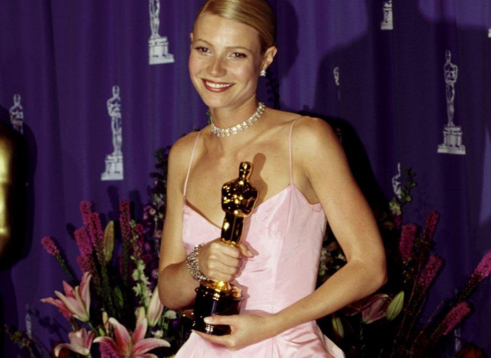 Gwyneth Paltrow na rozdaniu Oscarów w 1999 roku