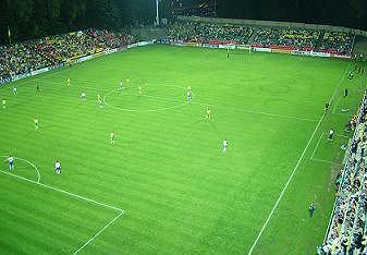 Stadion Vetry w Wilnie. Ma sztuczną nawierzchnię