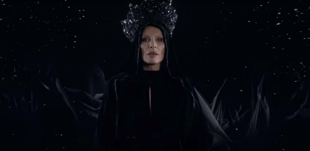 Kora w teledysku 'Czarna Madonna' Organka / Screen z YouTube