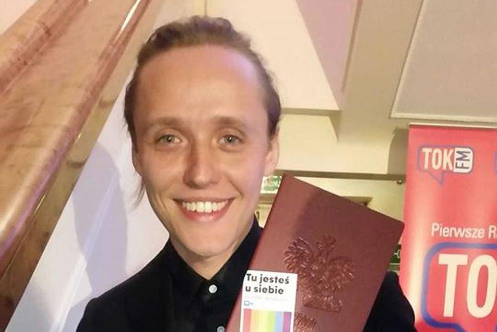 Bartosz Bielenia wspiera Miłość Nie Wyklucza