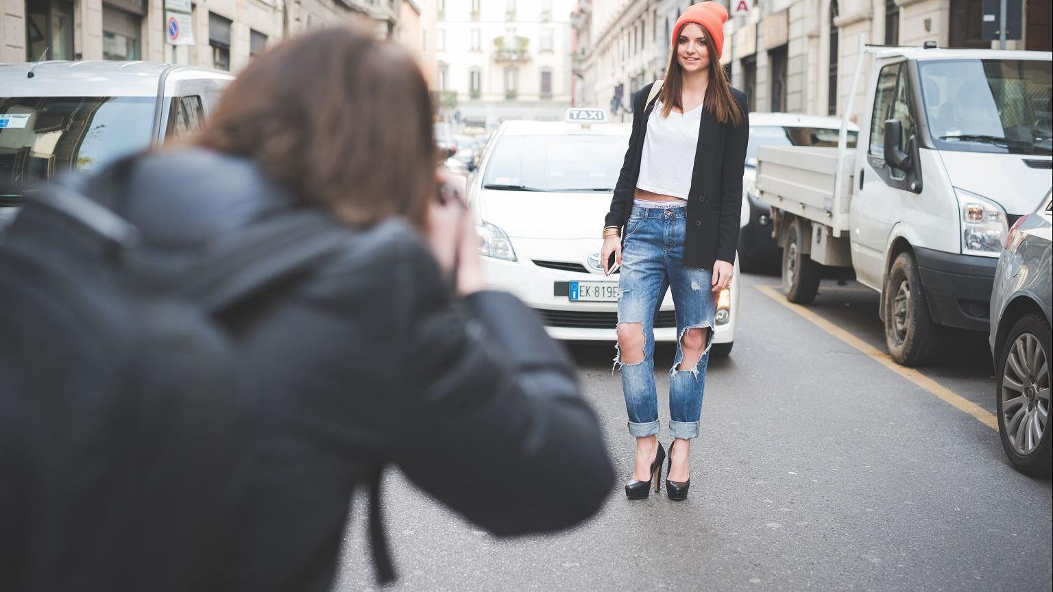 Wyposażony w notes i aparat fotograficzny coolhunter musi umieć rozpoznać cenne nowości