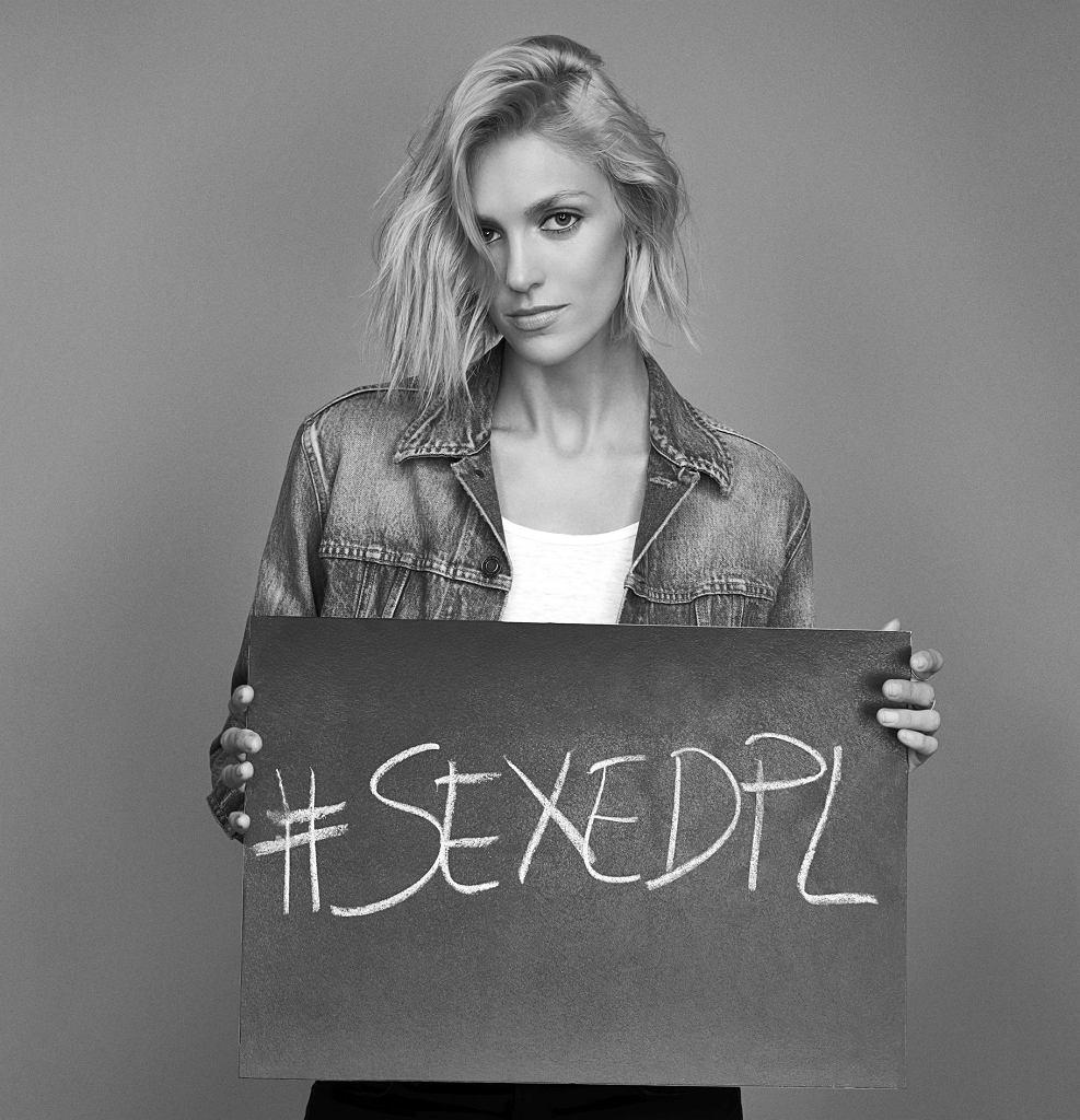 Anja Rubik wystartowała z projektem #SEXEDPL, przygotowanym we współpracy z grupą Dziewuchy Dziewuchom i magazynem 'Wysokie obcasy'