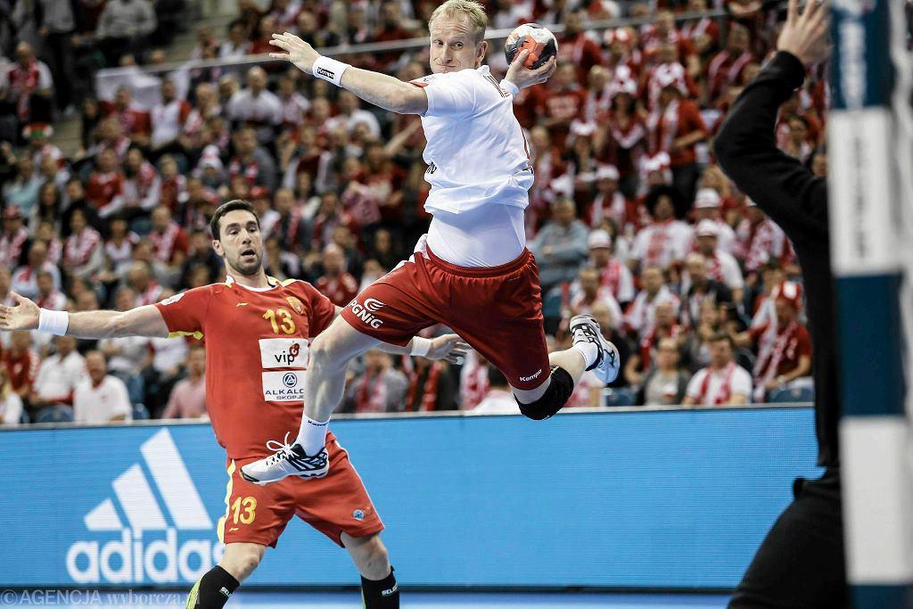 Mecz Polska - Macedonia. Rzuca Adam Wiśniewski