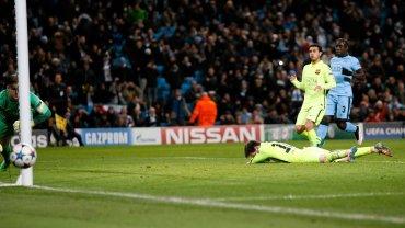 Lionel Messi nie wykorzystuje karnego