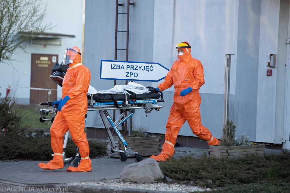 Nowe przypadki koronawirusa na Podkarpaciu. Są też kolejne ofiary śmiertelne (zdjęcie ilustracyjne)