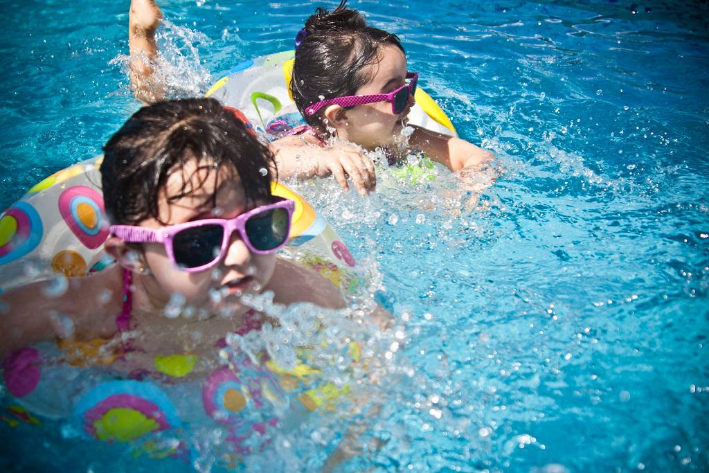 Pływanie dla dzieci - kiedy zacząć i dlaczego warto?