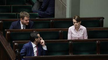 JDrugi dzien 8 posiedzenia Sejmu IX kadencji w czasie epidemii koronawirusa