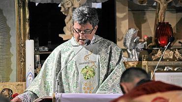 Ks. Piotr Natanek. W jego 'Pustelni Niepokalanów' w niedzielę wybuchł pożar