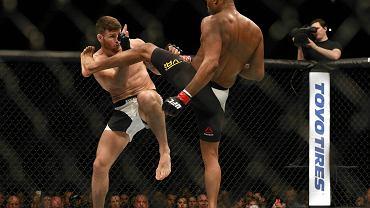 Anderson Silva przegrał z Michaelem Bispingiem po walce wieczoru gali UFC w londyńskiej O2 Arena. To było znakomite show - pojedynek stał na niesamowitym poziomie, a werdykt wzbudził ogromne wątpliwości.
