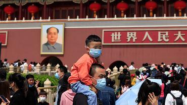 """Nic nie pomaga. Chińczycy nie chcą mieć dzieci. """"Demograficzna bomba zegarowa"""""""