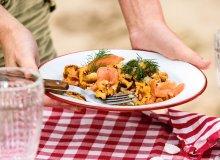 Kurki z wędzonym łososiem lub węgorzem - ugotuj