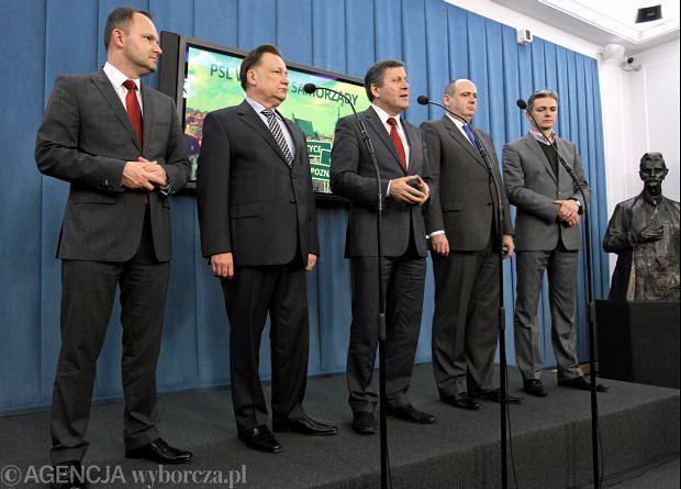 Od lewej: Krzysztof Hetman, Adam Struzik, prezes PSL Janusz Piechociński, Piotr Pogorzelski i Adam Jarubas