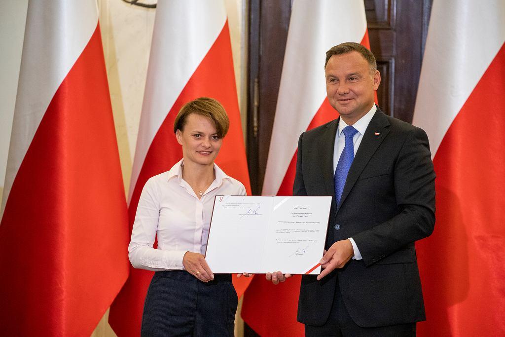 Minister Jadwiga Emilewicz i prezydent Andrzej Duda