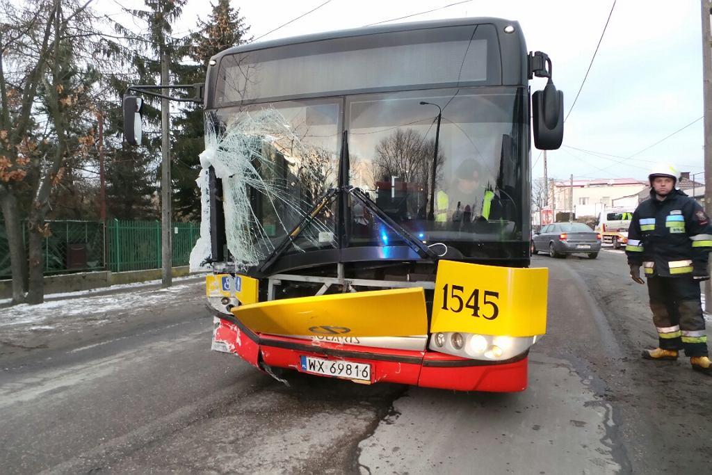Wypadek autobusu na Trakcie Lubelskim