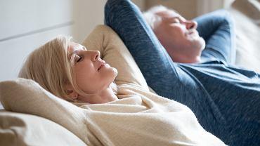Długie drzemki mogą zwiastować chorobę Alzheimera