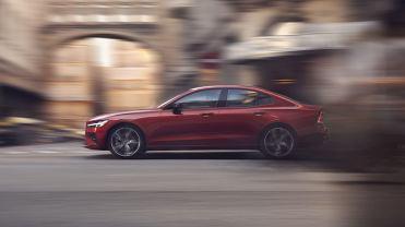 Nowe Volvo S60 jest pod wieloma względami pierwsze. Jak jeździ najnowszy sedan produkowany w USA?