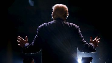Donald Trump podczas wiecu wyborczego w stanie Georgia w listopadzie 2015 roku.