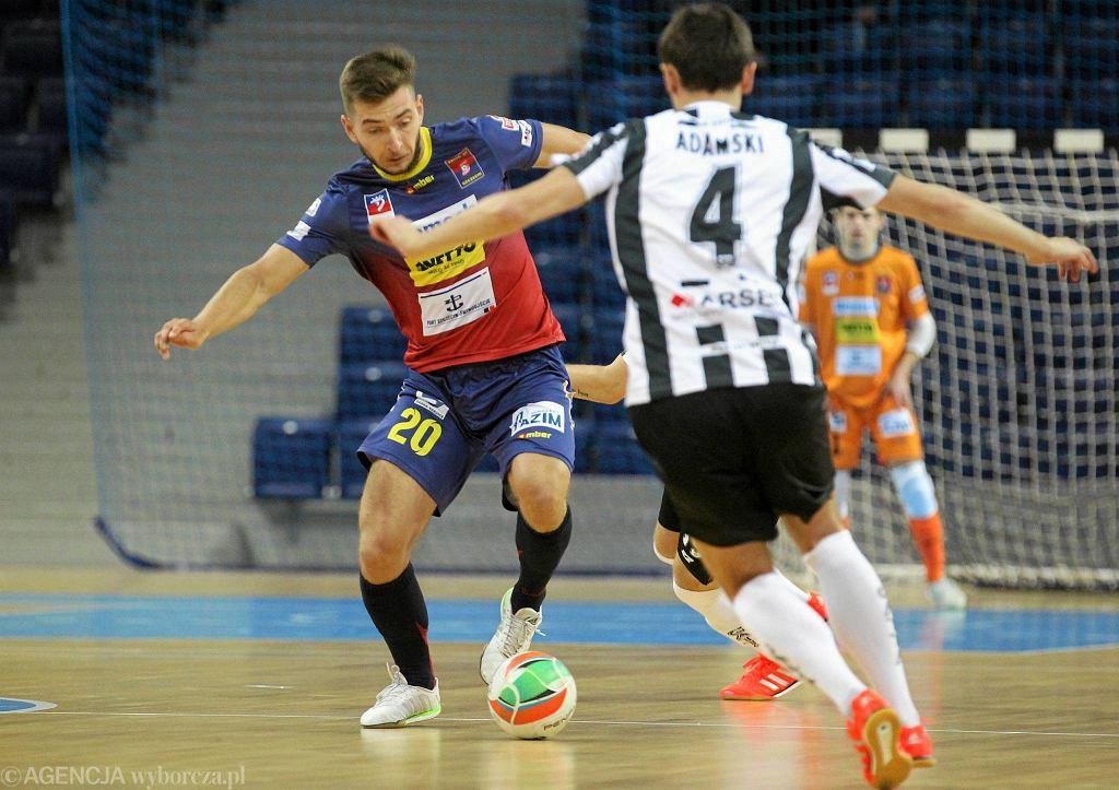 Pogoń 04 Szczecin swoje spotkania rozgrywa w Azoty Arenie