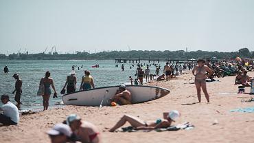 Egzotyczne wakacje w Polsce. Oto polska Sahara, Chorwacja a nawet Dubaj