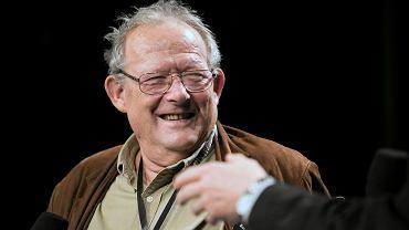 Teatr Stary w Lublinie. Debata wokół książki 'Między Panem a Plebanem'. Adam Michnik, redaktor naczelny 'Gazety Wyborczej'