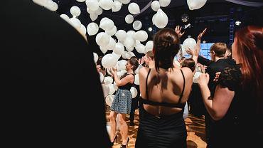 Studniówka 2019 - jakie sukienki wybieracie najczęściej?