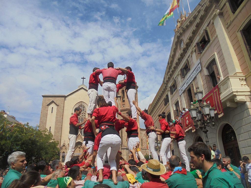 Budowanie wież z ludzi to tradycja, która wywodzi się z Katalonii