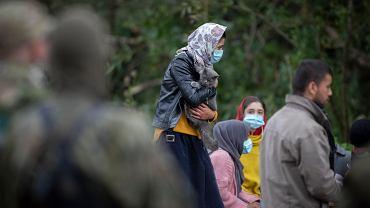 :Migranci na granicy polsko - bialoruskiej w Usnarzu Grnym