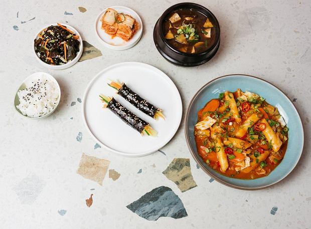 Azjatyckie dania i filmy w domu. Festiwal Pięciu Smaków zaprasza na ucztę online