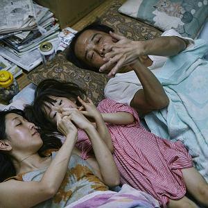 Nagrodzone Złotą Palmą w Cannes 'Złodziejaszki' w reżyserii Hirokazu Koreedy