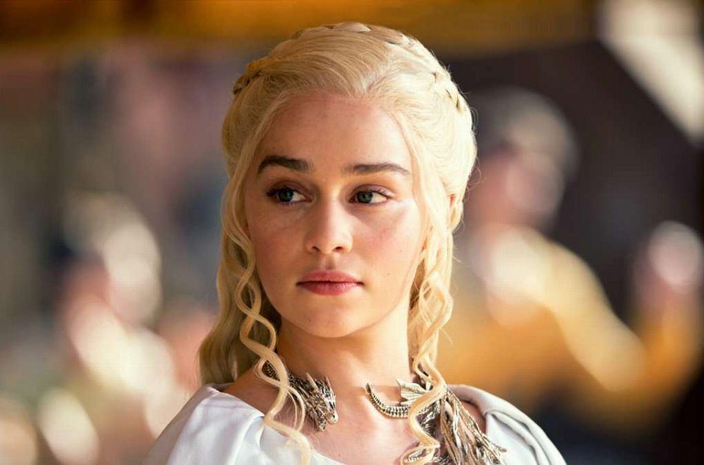 Emilia Clarke jako Daenerys Targaryen