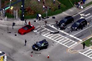 Tesla Model X i Nissan GT-R spotkały się na drodze. Efekt? Tesla przecięta na pół