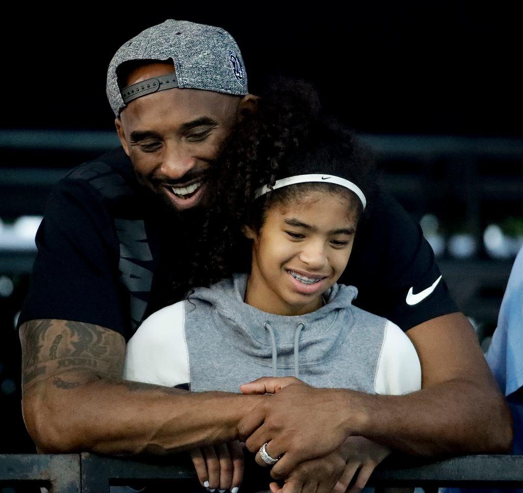 Kobe Bryant zginął w katastrofie śmigłowca razem ze swoją 13-letnią córką