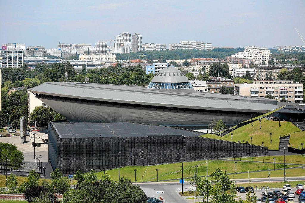 Widok na Spodek z wieży Muzeum Śląskiego