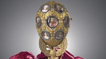 Od 1 kwietnia wszyscy odwiedzający Alfa Centrum będą mieli okazję obejrzeć wielkoformatowe repliki 10 słynnych jaj Fabergé.