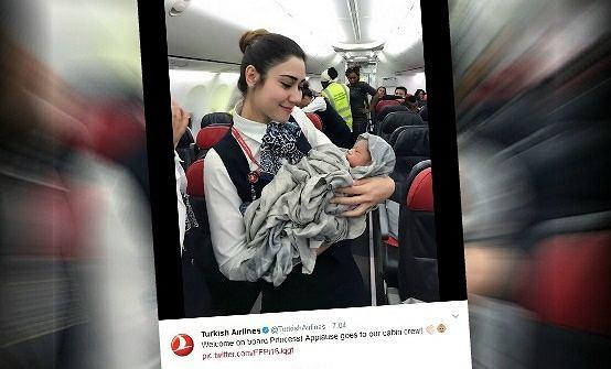 Poród na pokładzie samolotu Turkish Airlines