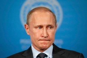 Rubel ostro pikuje. Jest najsłabszy od lutego. Cena ropy znowu pogrąża rosyjską walutę