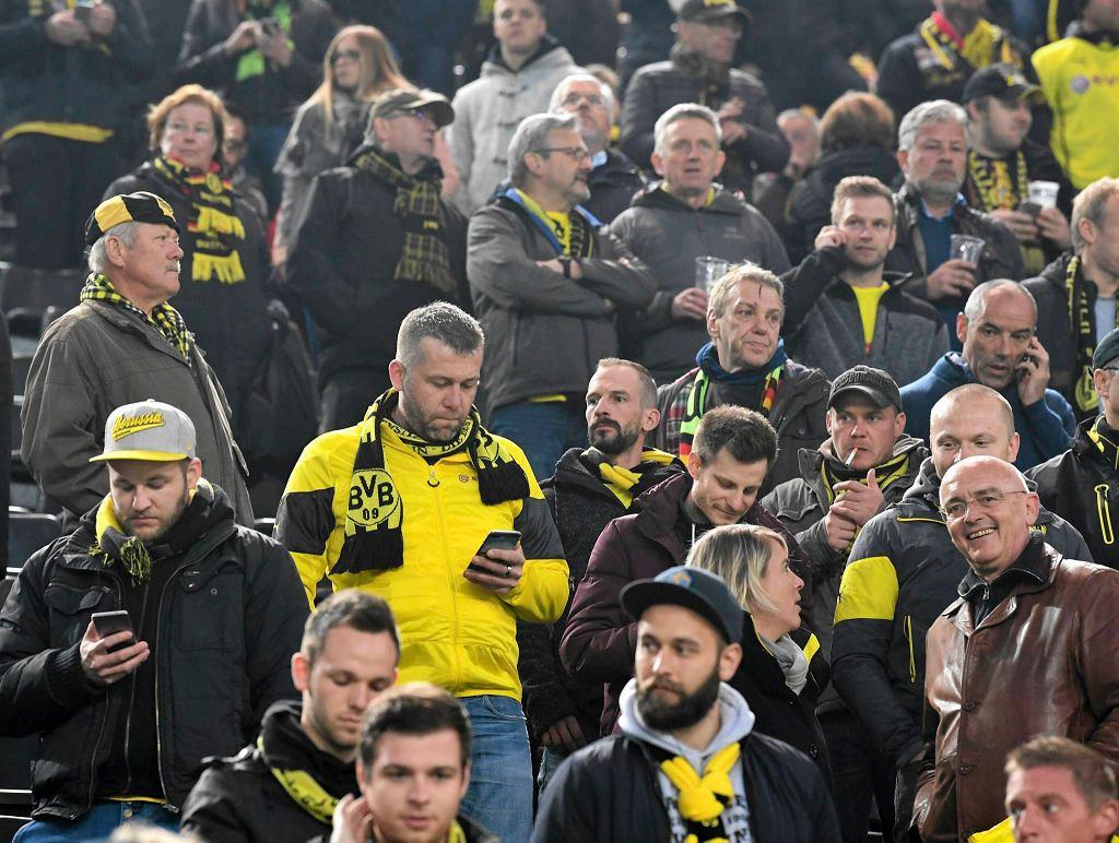 Kibice Borussii Dortmund na stadionie