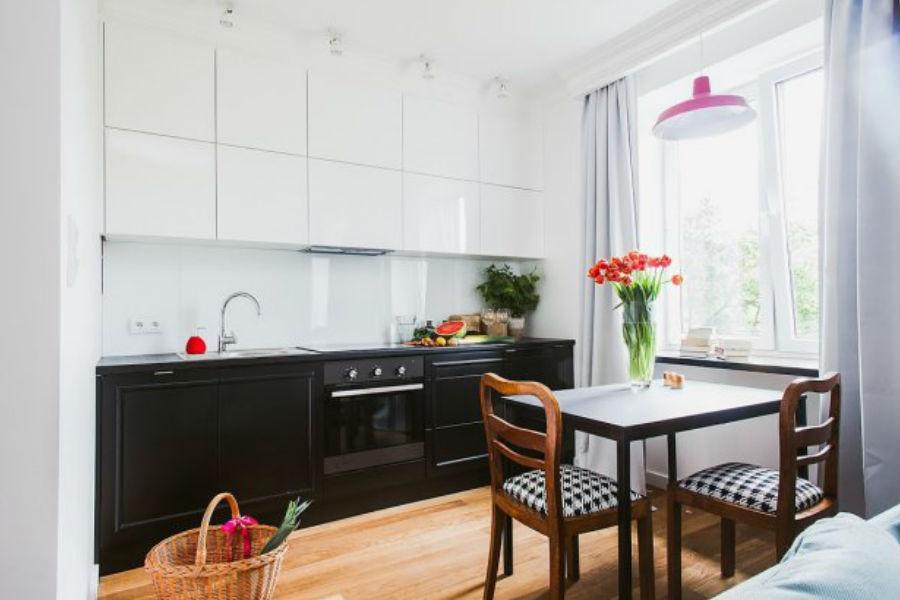 Czarno-biała kuchnia - jakie dodatki?
