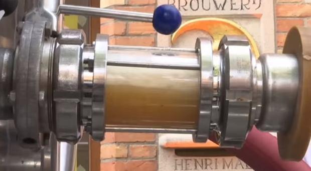 Zdjęcie numer 4 w galerii - Piwo płynie ulicami Belgii. Otworzono pierwszy na świecie alkoholowy rurociąg